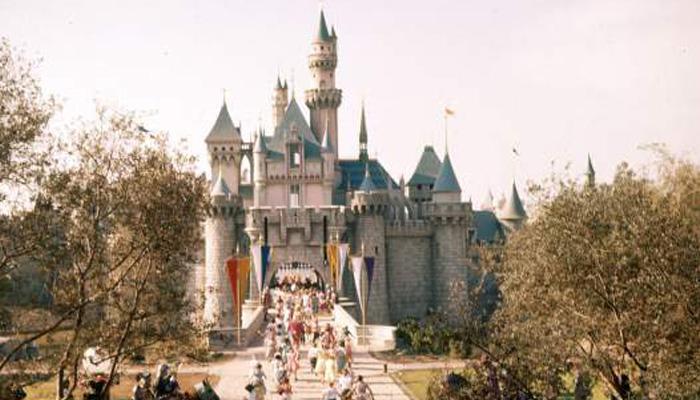 Disney, 1955