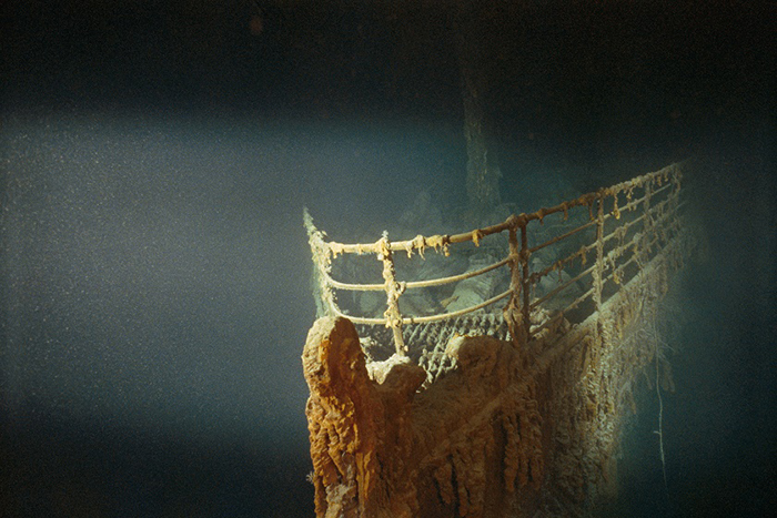 Oceano Atlântico Norte | Fotografia de EMORY KRISTOF | Julho 199