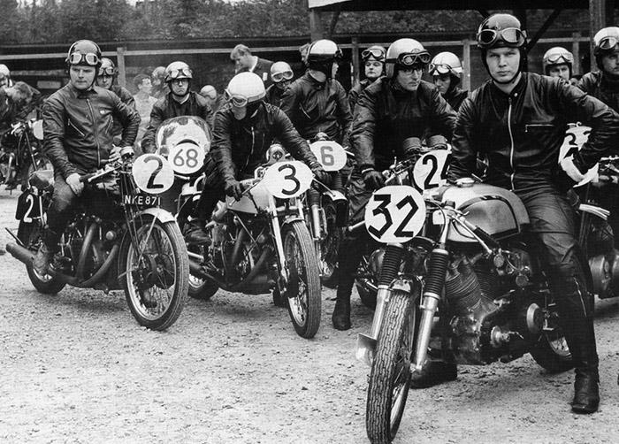 Os rockers e suas inseparáveis motocicletas