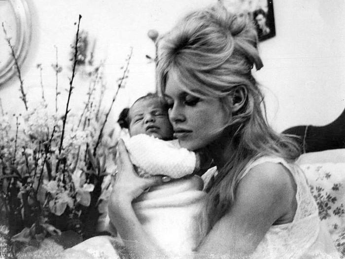 Brigitte Bardot e seu filho
