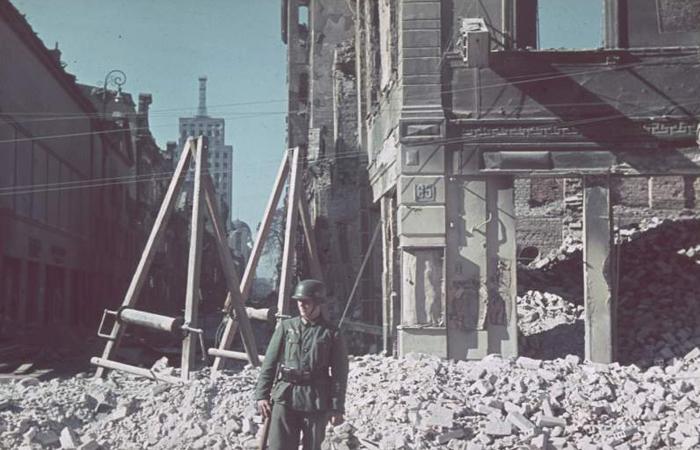 Foto Colorida 2º Guerra Mundial