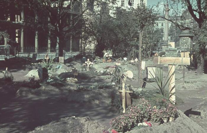 Mortos da Varsóvia