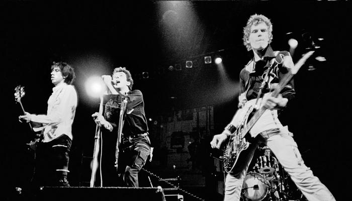 The Clash em show ao vivo, 1977.