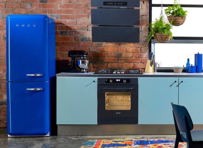 geladeira retrô azul