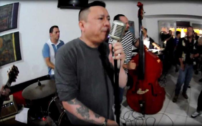 Rockabilly Dancin Party com Grilos Barulhentos