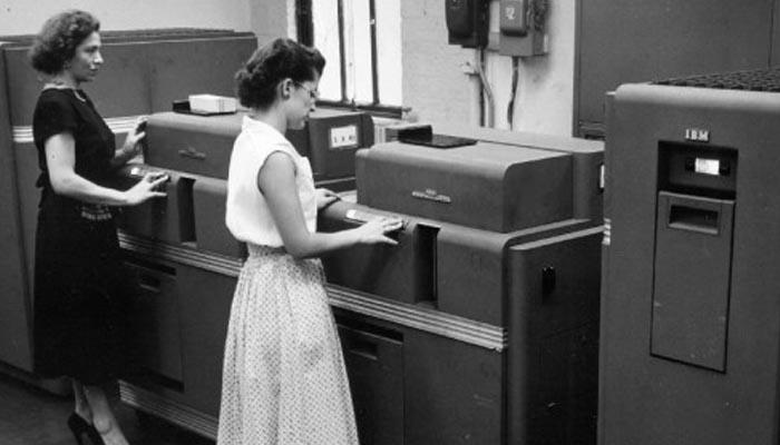 Depois do fim da 2º Guerra, mulheres continuaram trabalhando