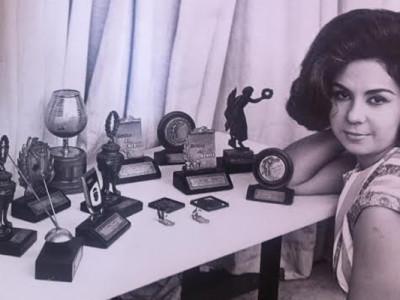Luciane Franco, cantora de rádio.