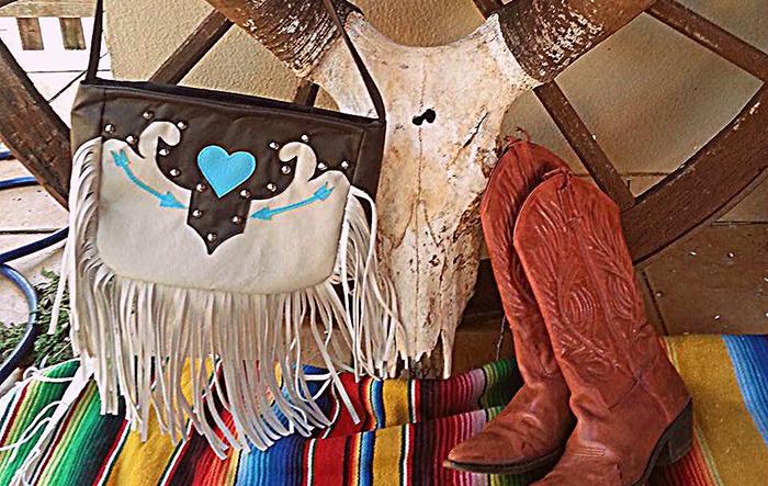 Bolsa Western feminina Ju Lourenço (Foto: Divulgação)