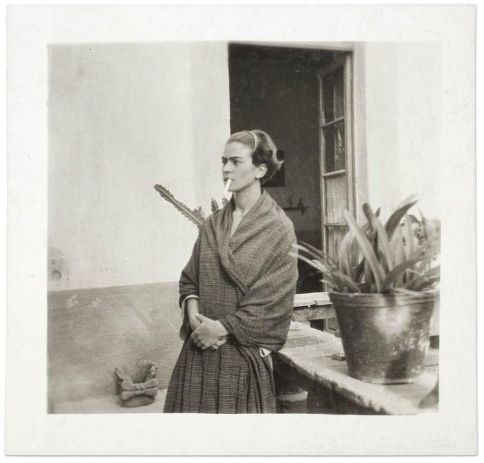 Frida Kahlo na Casa Azul, Anónimo, 1930, Museu Frida Kahlo