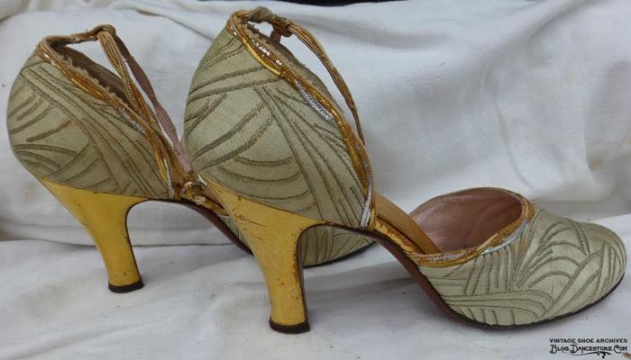 Típico sapato dos anos 30