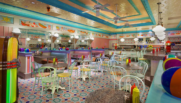 Beaches And Cream A Lanchonete Retr 244 Da Disney Universo