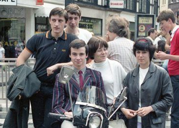 Jovens mods nos anos 80