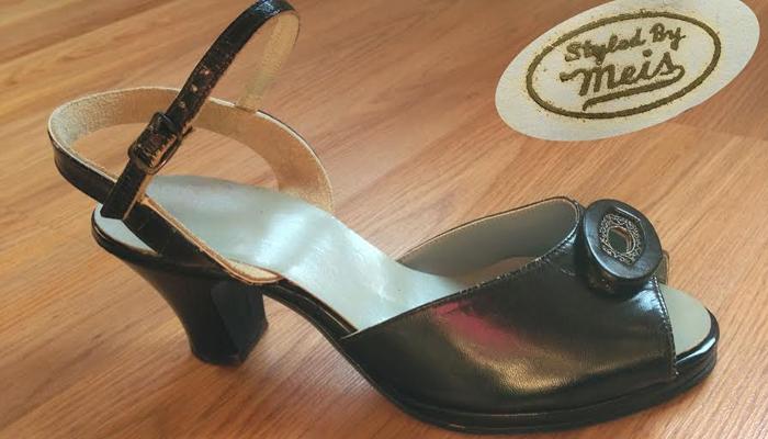 Sandália dos anos 50