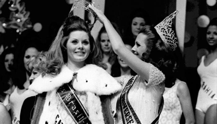 Vera Fischer coroada Miss Brasil 1969